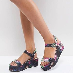 ASOS Toucan Floral Print Wedge Sandals New 8.5